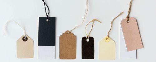 zestawienie papierowych metek od produktów